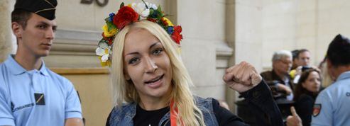 Le statut de réfugié de la leader des Femen en question