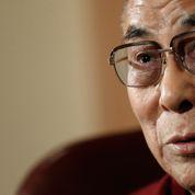 Le dalaï lama ne voit pas d'objection au mariage gay pour les athées