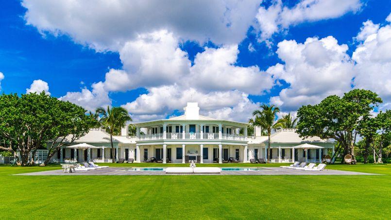Les plus belles maisons de nos amies les stars for Plus grande maison au monde