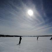 États-Unis: les vieux gréements font leur retour sur les glaces de l'Hudson