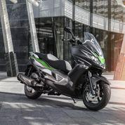 Kawasaki passe enfin au scooter