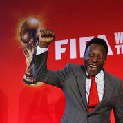 Coupe du monde: le Roi Pelé en tournée avec Coca-Cola