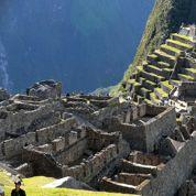 Poser nu devant le Machu Picchu, une tendance qui agace au Pérou