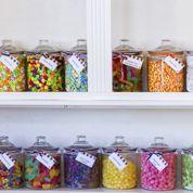 Où achète-t-on le plus d'alcool, de bonbons ou de préservatifs ?