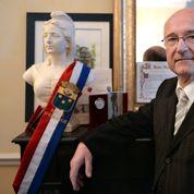 Bompard ancré dans son fauteuil de maire d'Orange