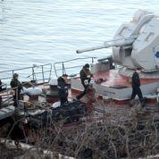 Crimée: la reddition de la flotte ukrainienne