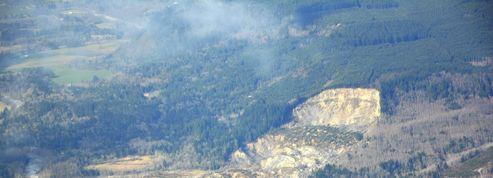 États-Unis : plus de 100 disparus après un glissement de terrain