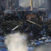 Face aux menaces radicales, Valls muscle le renseignement