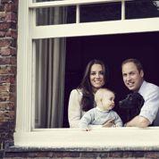 Pour la Fête des mères, Kate et William dévoilent un portrait du «royal baby»