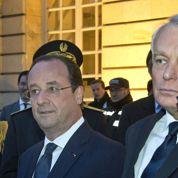 Au lendemain de la défaite aux municipales, Hollande contraint d'agir «vite et fort»