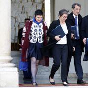 Entre angoisse et résignation, la longue attente des ministres délégués