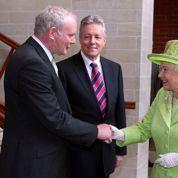 L'ancien chef de l'IRA dîne chez la reine Elizabeth