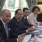 Élysée, PS : Hollande remanie tout