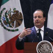 «La mano dans la mano» : après l'anglais, Hollande massacre l'espagnol