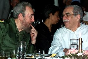 Gabriel Garcia Marquez et Fidel Castro, en mars 2000.
