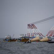 Naufrage du ferry: Séoul accuse l'équipage de «meurtre»