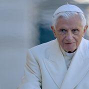 Benoît XVI invité surprise dimanche, à la canonisation de Jean-Paul II ?