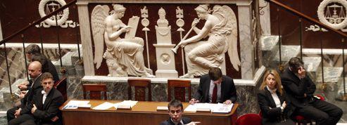 Le casse-tête de Manuel Valls : comment gouverner sans majorité ?