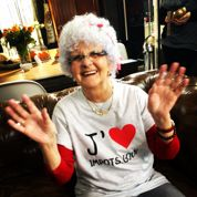 Lucienne, 81 ans, vous explique comment déclarer vos revenus en ligne