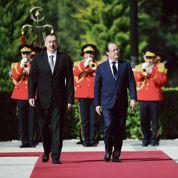 Hollande apporte un soutien prudent à la Géorgie