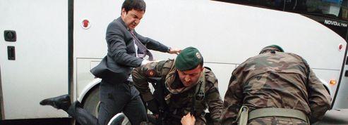 Les Turcs entre chagrin et colère après le drame minier de Soma