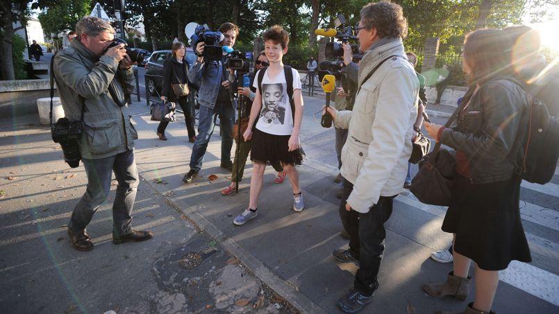 Chiến dịch nam sinh mặc váy gây xôn xao ở Pháp
