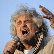 Européennes : le show de Beppe Grillo déferle sur l'Italie