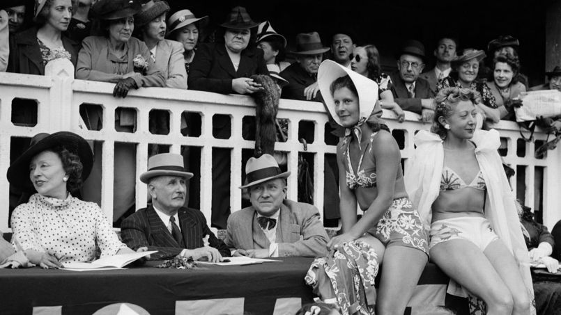 La foule se presse à Molitor en 1939 lors de la fête de l'eau.