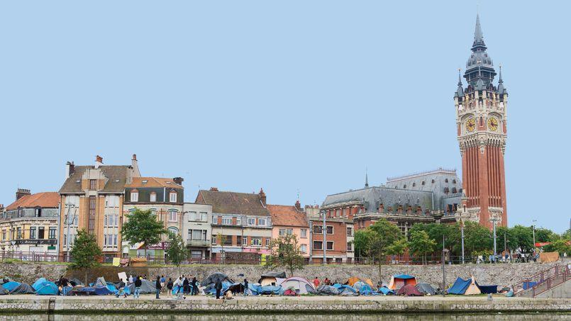 Installé en plein centre-ville de Calais, ce camp de migrants regroupe environ 250 personnes venues principalement d'Afrique Noire.