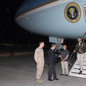 Barack Obama effectue une visite surprise en Afghanistan