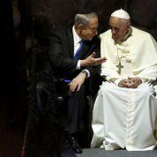 Le Pape se livre à un exercice d'équilibriste entre Israéliens et Palestiniens