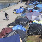 Migrants à Calais : des associations tirent la sonnette d'alarme