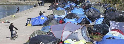 Des associations s'alarment de la situation «catastrophique» des migrants à Calais