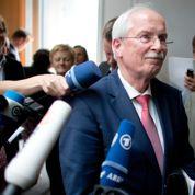 La justice allemande ouvre une enquête sur l'écoute de Merkel
