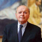 Les députés PS passent leurs nerfs sur Jacques Toubon