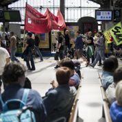 SNCF : Pepy et les députés tentent de rassurer les grévistes
