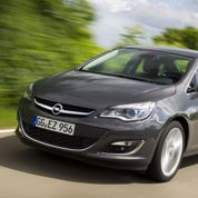 L'Opel Astra en trois volumes