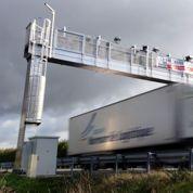 «Qui va payer les millions d'euros qu'ont coûtés les portiques écotaxe?»