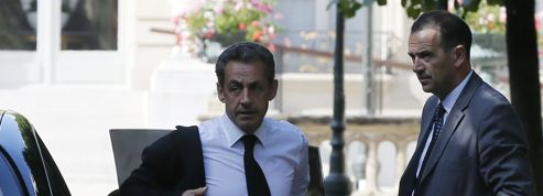 Nicolas Sarkozy se donne du «temps»