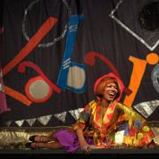 Cabaret arrive sur la scène française