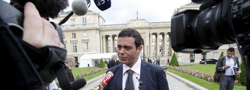 Un député PS estime que Fabius remet en cause l'«indépendance» du Parlement