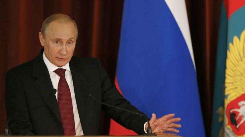 Pour Poutine, les États-Unis font du «chantage» à la France