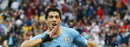 Un club du Kosovo veut engager Luis Suarez pendant sa suspension