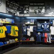 En rupture de stock, les magasins vont recevoir d'autres maillots des Bleus
