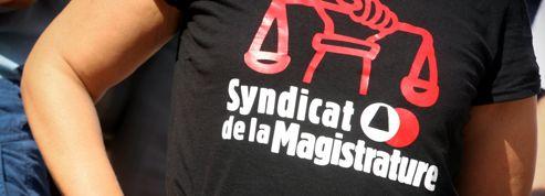 Sarkozy: le débat sur les juges syndiqués est relancé