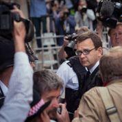 Prison ferme pour Andy Coulson, proche de Cameron