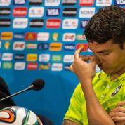 Pleurs, mauvaise foi, critiques … Le capitaine du Brésil en fait-il trop ?