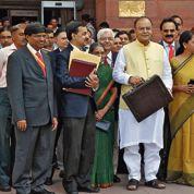 Inde: le premier budget de Modi peine à convaincre