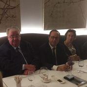 François Hollande regrette son isolement à l'Élysée