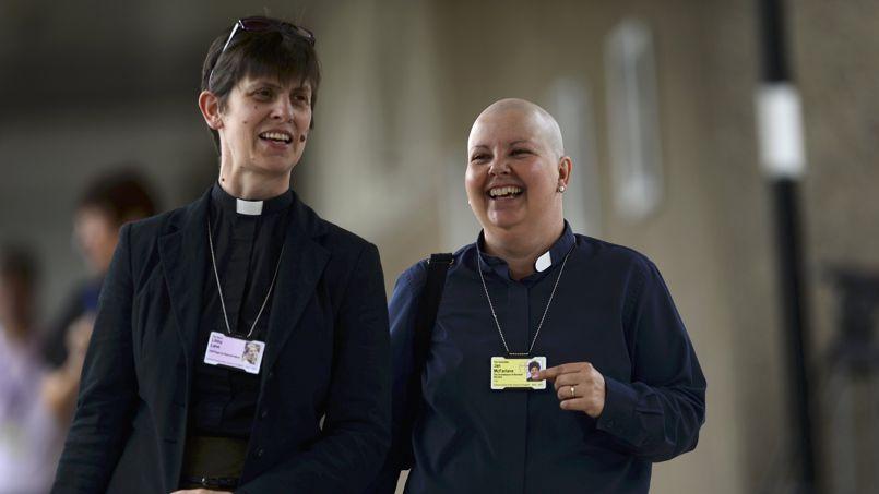 L'Angleterre dit oui à l'ordination des femmes évêques